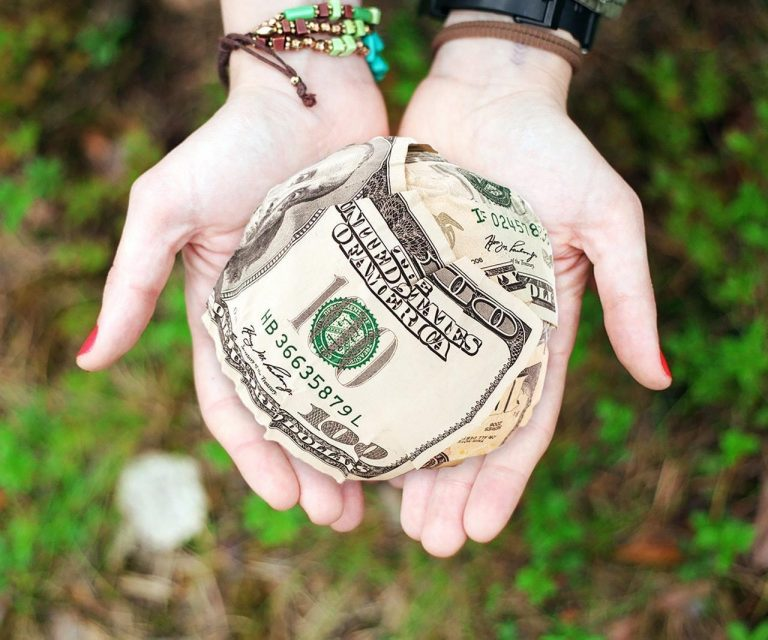 What to do with ripped, torn or damanged money? Can you spend it?